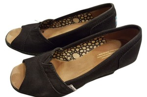 TOMS Staple Black Wedges