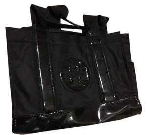 Tory Burch Shiny Tote in black
