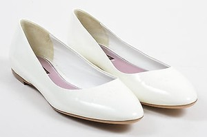 Louis Vuitton Patent White Flats