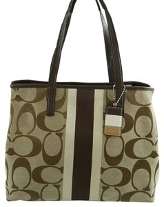Coach Weekend Hampton Signature Large Tote in Brown