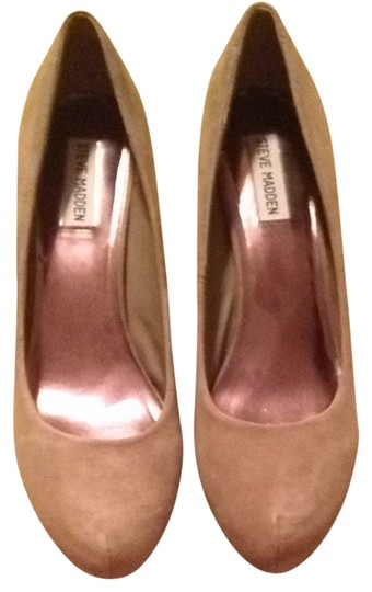 Preload https://item3.tradesy.com/images/steve-madden-taupe-pumps-1447302-0-0.jpg?width=440&height=440