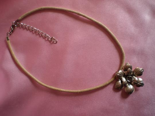 Other Vintage Flower necklace