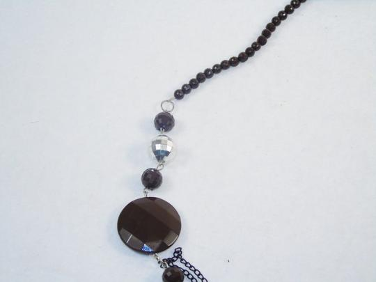 Other Fashion Jewelry Necklace with Beads and Chains - Brown. Image 2