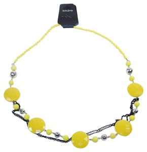 Other Fashion Jewelry Necklace with Beads and Chains - Yellow.
