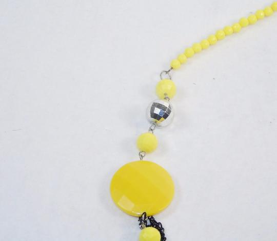 Other Fashion Jewelry Necklace with Beads and Chains - Yellow. Image 1