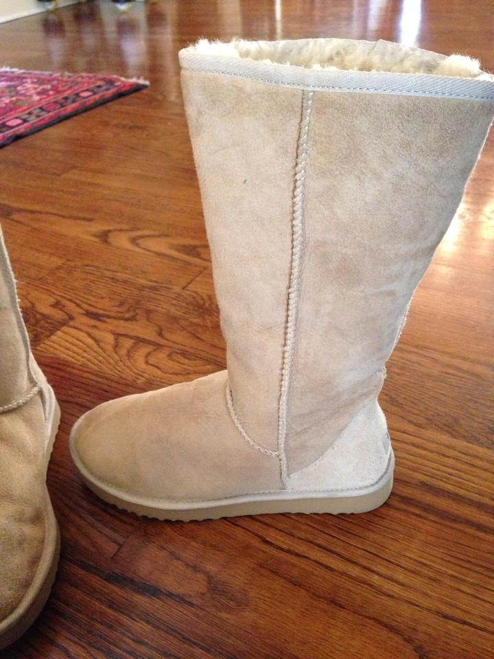 1c65adf7c26 UGG Australia Sand Uggs Women's Classic Tall Boots/Booties Size US 7 64%  off retail