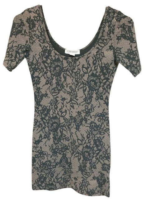 Preload https://item2.tradesy.com/images/forever-21-mini-short-casual-dress-size-4-s-1447581-0-0.jpg?width=400&height=650