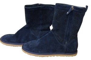 UGG Australia Size 9m Suede Navy Boots