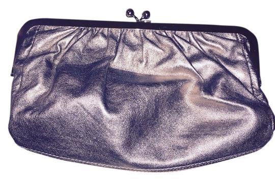 Express Metallic Clutch