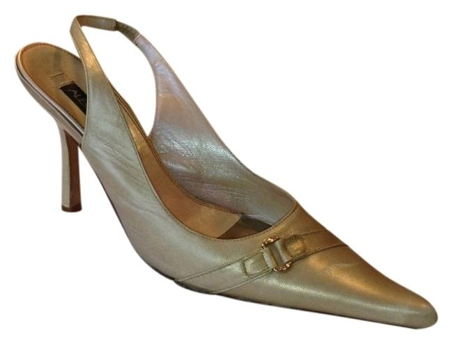 Albert Nipon Metallic Nude Nipon7mnude Leatherslingbacks with 3.5 Inch Stiletto Heels Formal Shoes Size US 7 Regular (M, B) Albert Nipon Metallic Nude Nipon7mnude Leatherslingbacks with 3.5 Inch Stiletto Heels Formal Shoes Size US 7 Regular (M, B) Image 1