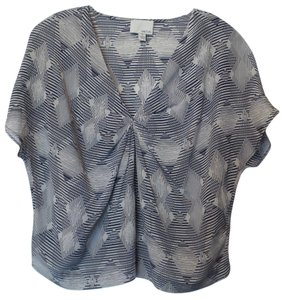 Greylin Silk Neiman Marcus New Small Kimono Sleeve Top Off-white and navy blue