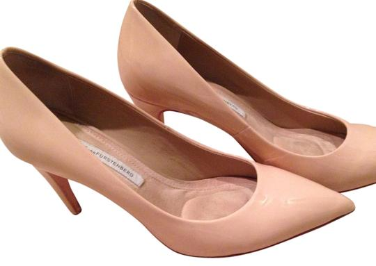 Preload https://img-static.tradesy.com/item/14480644/diane-von-furstenberg-nude-anette-pumps-size-us-8-regular-m-b-0-1-540-540.jpg