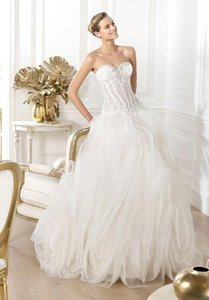 Pronovias Lexas Wedding Dress