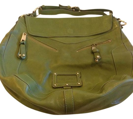 Preload https://item1.tradesy.com/images/marc-jacobs-green-leather-hobo-bag-1448115-0-0.jpg?width=440&height=440