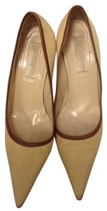 MICHAEL Michael Kors Linen Leather Career Chic Beige Pumps