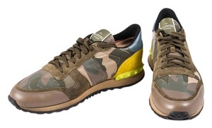 Valentino Green Studded Sneakers camo Athletic