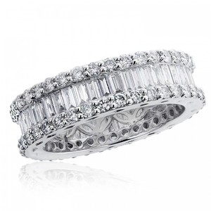 Avital & Co Jewelry 18k White Gold Round Brilliant & Baguette Diamond Eternity Wedding Band 2.51 Tcw
