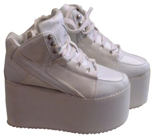 YRU White Platforms