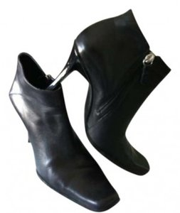 Guess By Marciano Black leather Boots