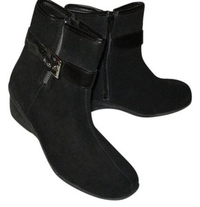 Croft & Barrow Suede Leather Black Boots