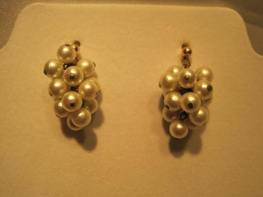 Other Grape Cluster Pearl Earrings; Ivory - [ Roxanne Anjou Closet ]