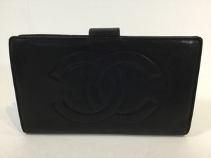 Chanel Chanel,large,cc,stitching,bi,fold,leather,wallet