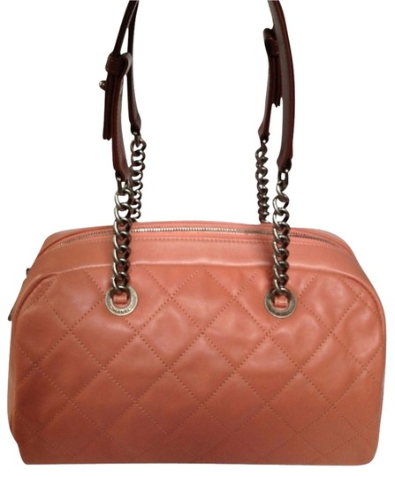 Preload https://item4.tradesy.com/images/chanel-quilted-bowler-pink-leather-satchel-1448868-0-0.jpg?width=440&height=440
