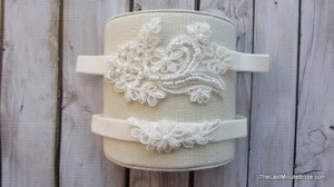 The Last Minute Bride Ivory Bridal Garter Set Style: Lady Love