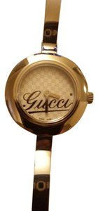 Gucci GUCCI SWISS White Dial 105 SERIES Stainless Steel Ladies Watch