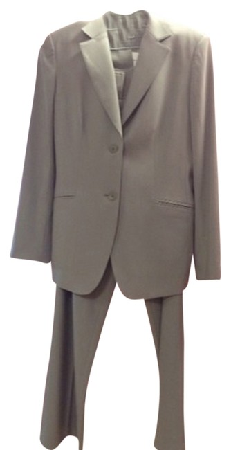 Preload https://item1.tradesy.com/images/talbots-grey-pant-suit-size-8-m-1449160-0-0.jpg?width=400&height=650