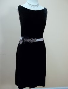 Alfred Angelo Black/Run Pink Velvet 7326s Formal Bridesmaid/Mob Dress Size 8 (M)