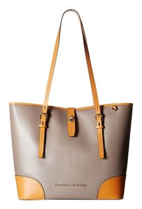 Dooney & Bourke Tote in Taupe