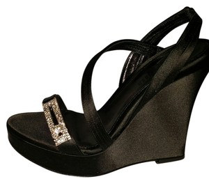 Judith Leiber Black Wedges