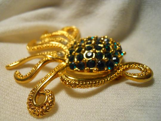 Other large octopus pin with emerald green rhinestones Image 2