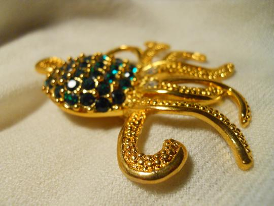 Other large octopus pin with emerald green rhinestones Image 3