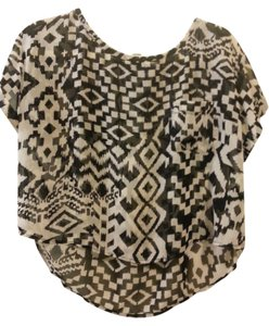 Forever 21 Tribal Inspired Graphic Print Top Black & White