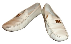 Louis Vuitton Patent White Leather Pumps