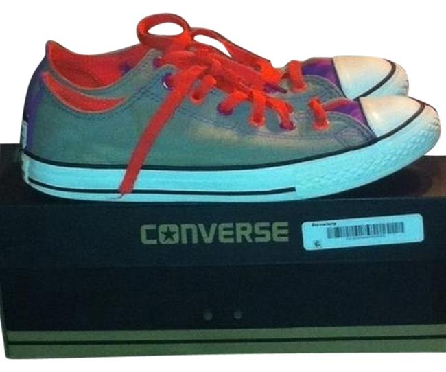 Item - Multi-color Sneakers Size US 5