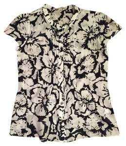 Banana Republic Flower Top Black and White