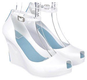 Skhiek White Wedges
