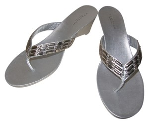 Kenneth Cole Reaction Beaded Wedge Metallic silver Sandals