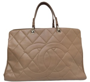 Chanel Caviar Shoulder Tote in Taupe