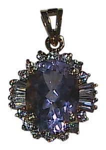 Vintage Sterling Silver 5.0 cts Amethyst & CZ Pendant