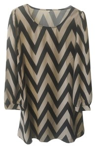 SheIn short dress Tan & black chevron on Tradesy