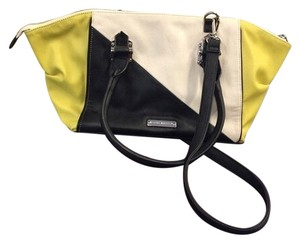 78778e449c6 Yellow Faux Leather Steve Madden Bags - 70% - 90% off at Tradesy