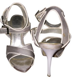 Bakers Silver/white Pumps