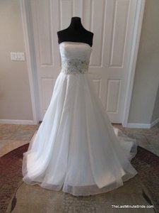 Justin Alexander 8609 Wedding Dress