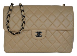 Chanel Vintage Jumbo Lambskin Shoulder Bag