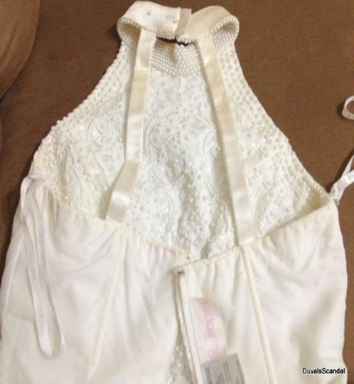 David's Bridal White Off Ivory Lace Pearls Lining Polyester Op 003 Formal Wedding Dress Size 10 (M)