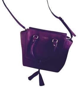 Coach Cranberry Shoulderstrap Satchel in Black Cherry